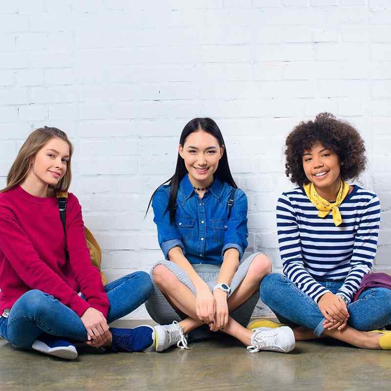 3 ученицы